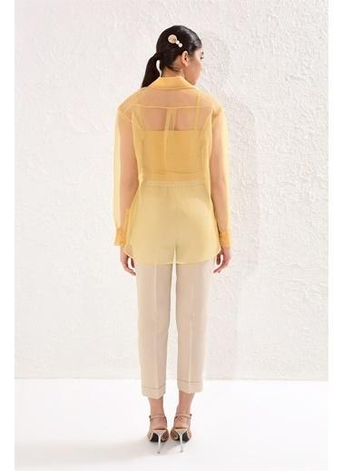 Setre Lacivert Astarlı Organze Gömlek Sarı